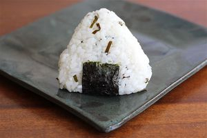 onigiri rice triangles