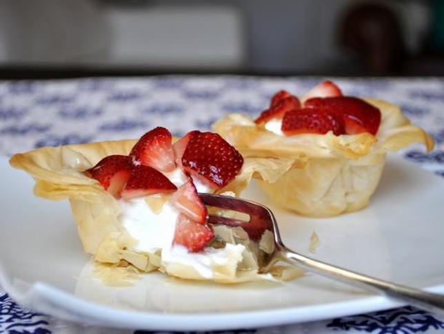 Greek Yogurt and Strawberry Phyllo Cups