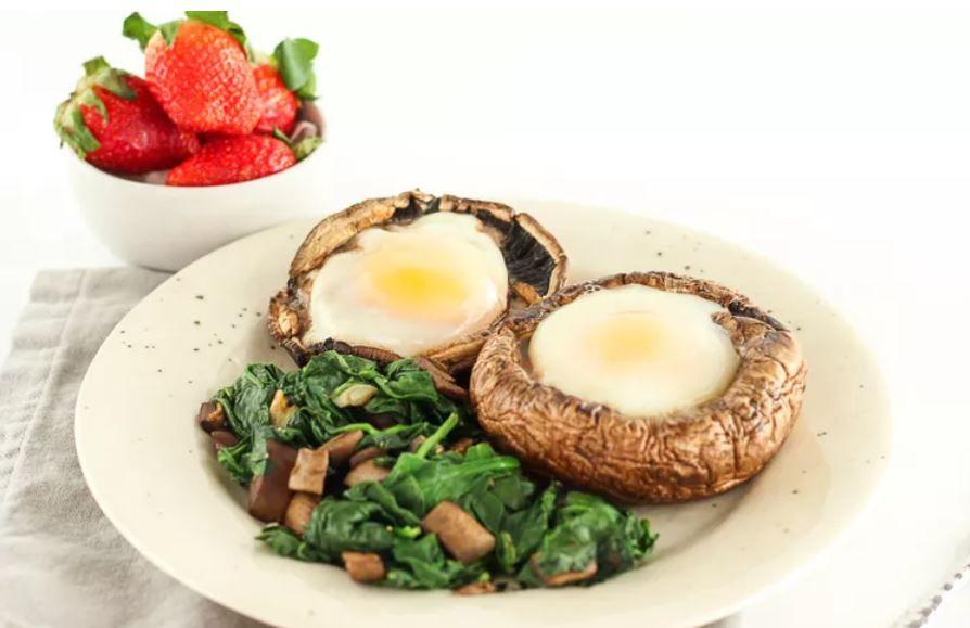 Portabella cap baked eggs