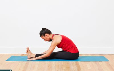 woman doing simple hamstring stretch