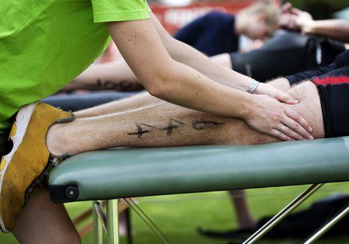 Masaje deportivo en carrera