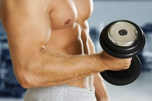 A bicep curl with a dumbbell.