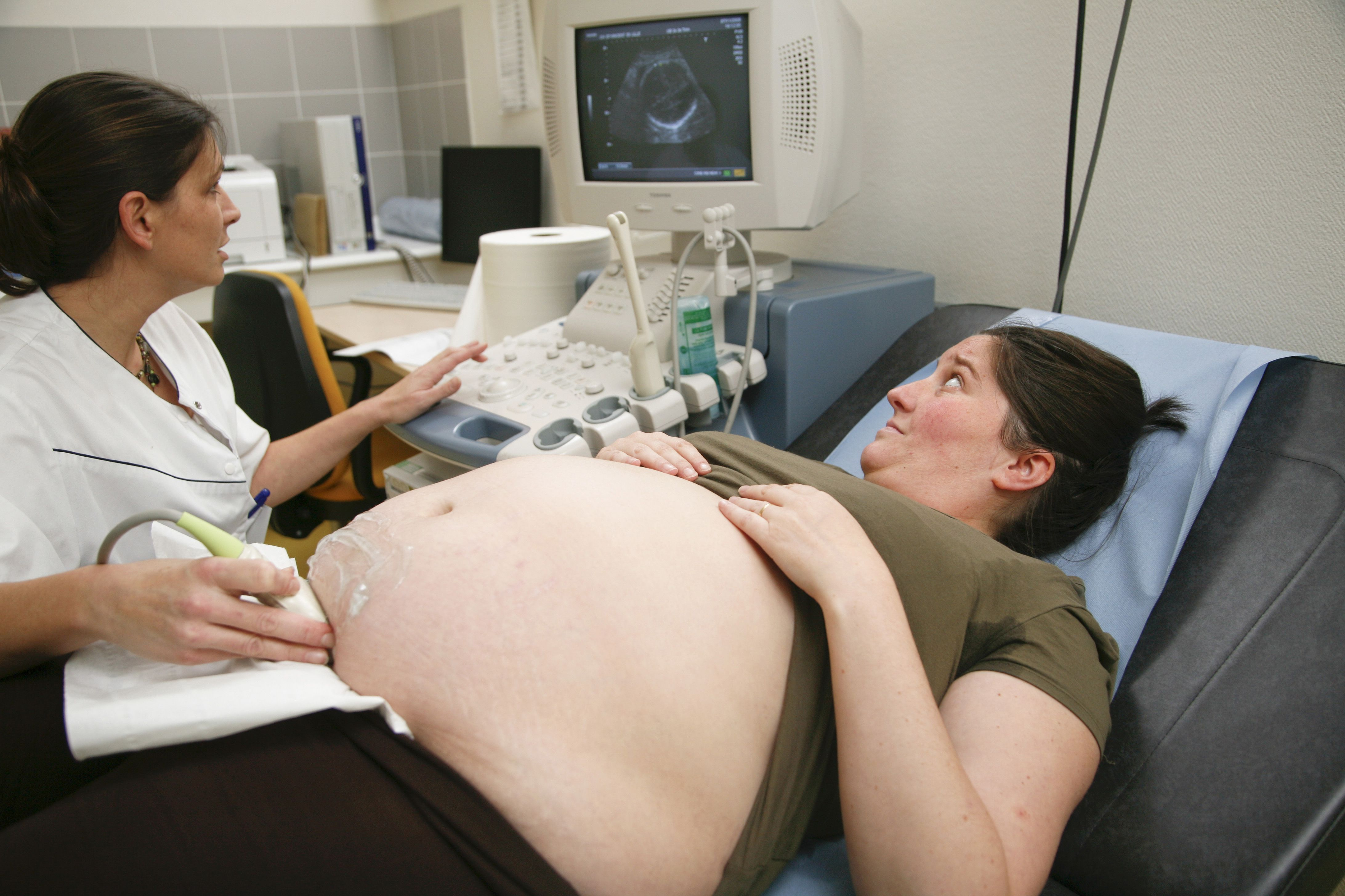 how to lose weight in early pregnancy