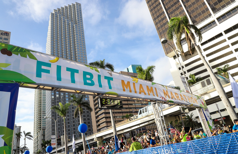 Línea de meta para el maratón de Miami