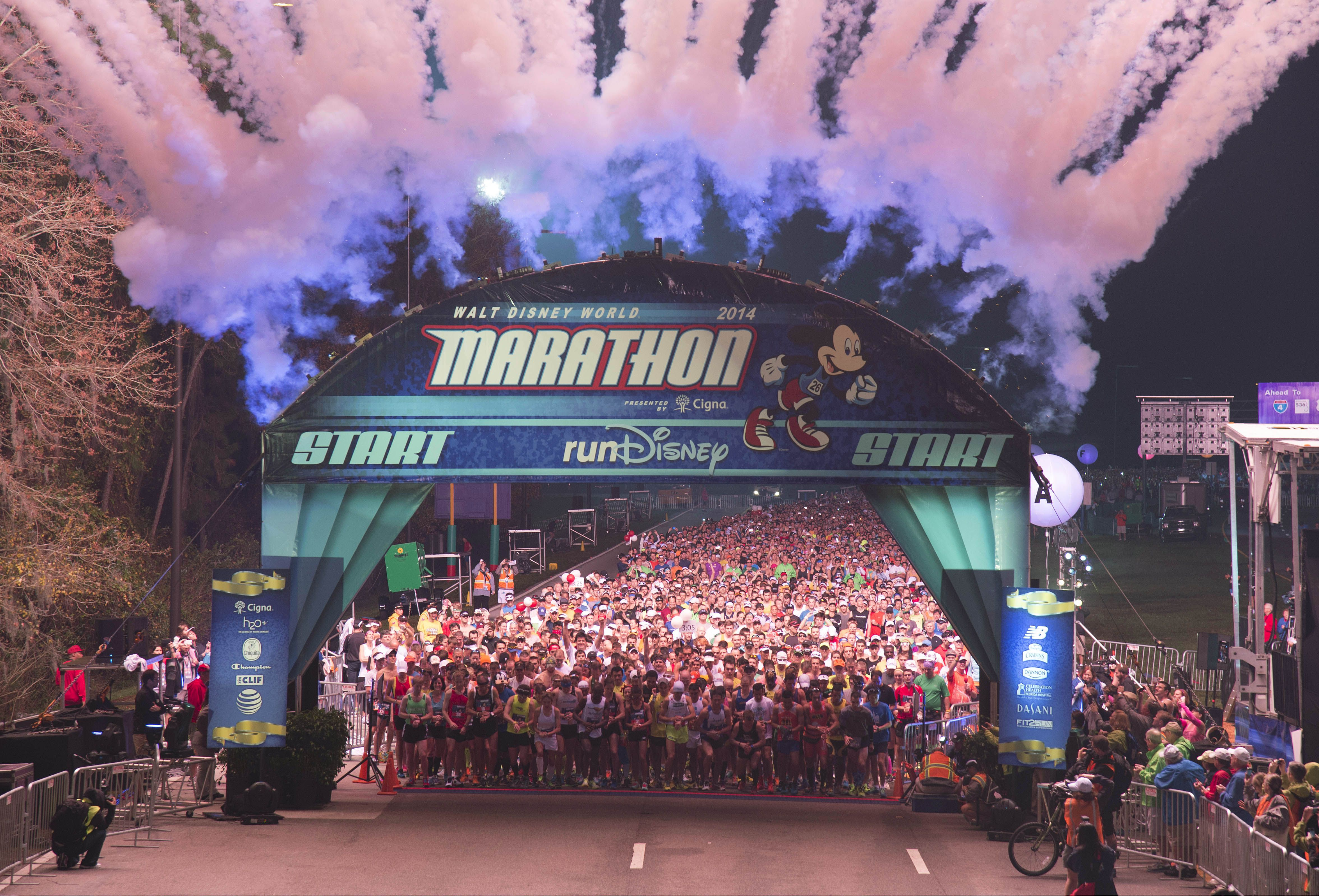 Línea de salida del Maratón de Walt Disney World 2014