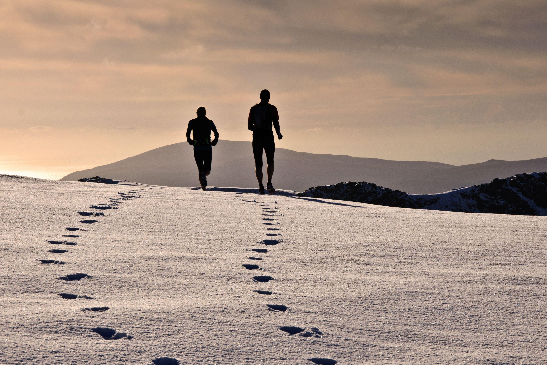 Joggers de nieve