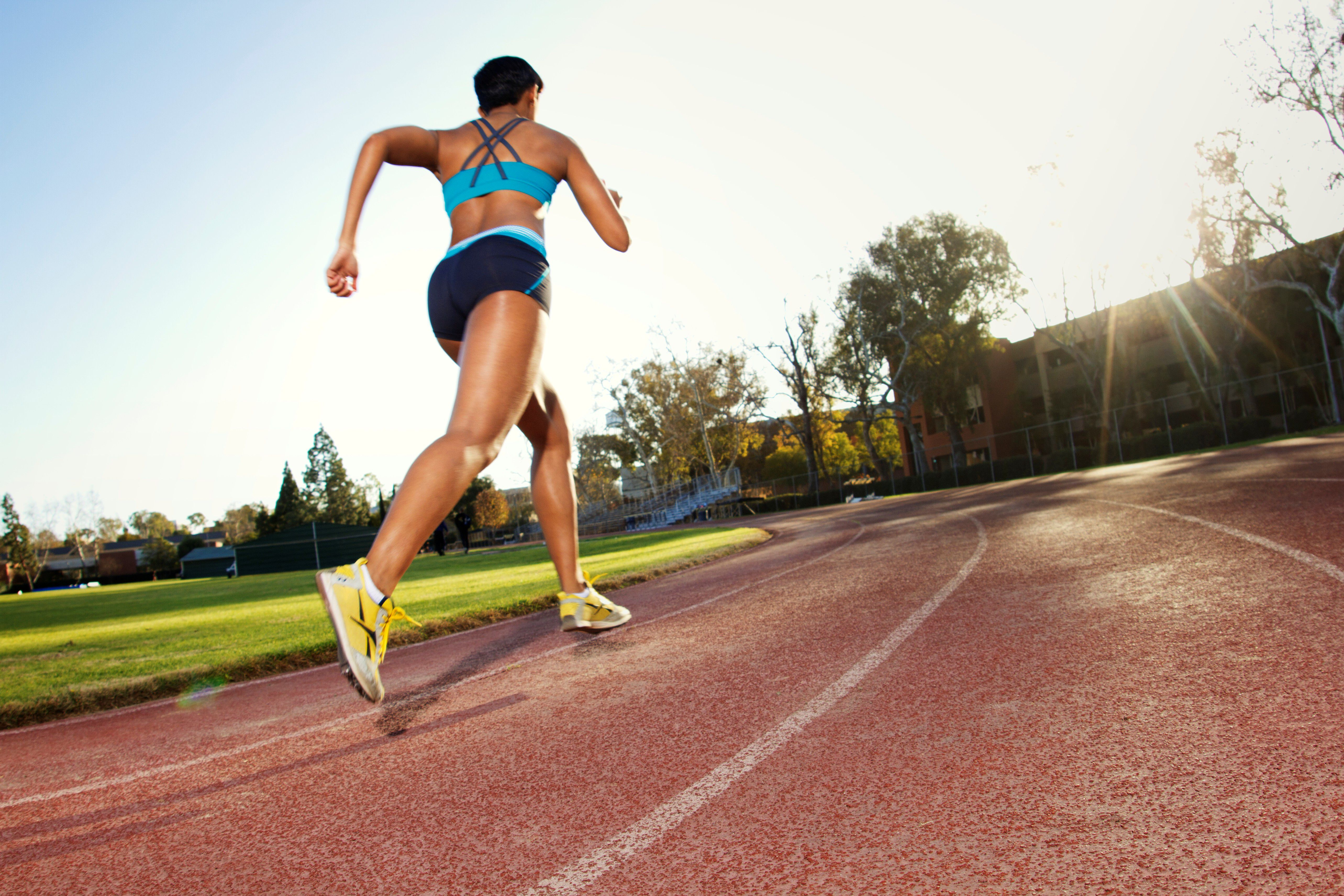 length of a 1500-meter run and training schedules