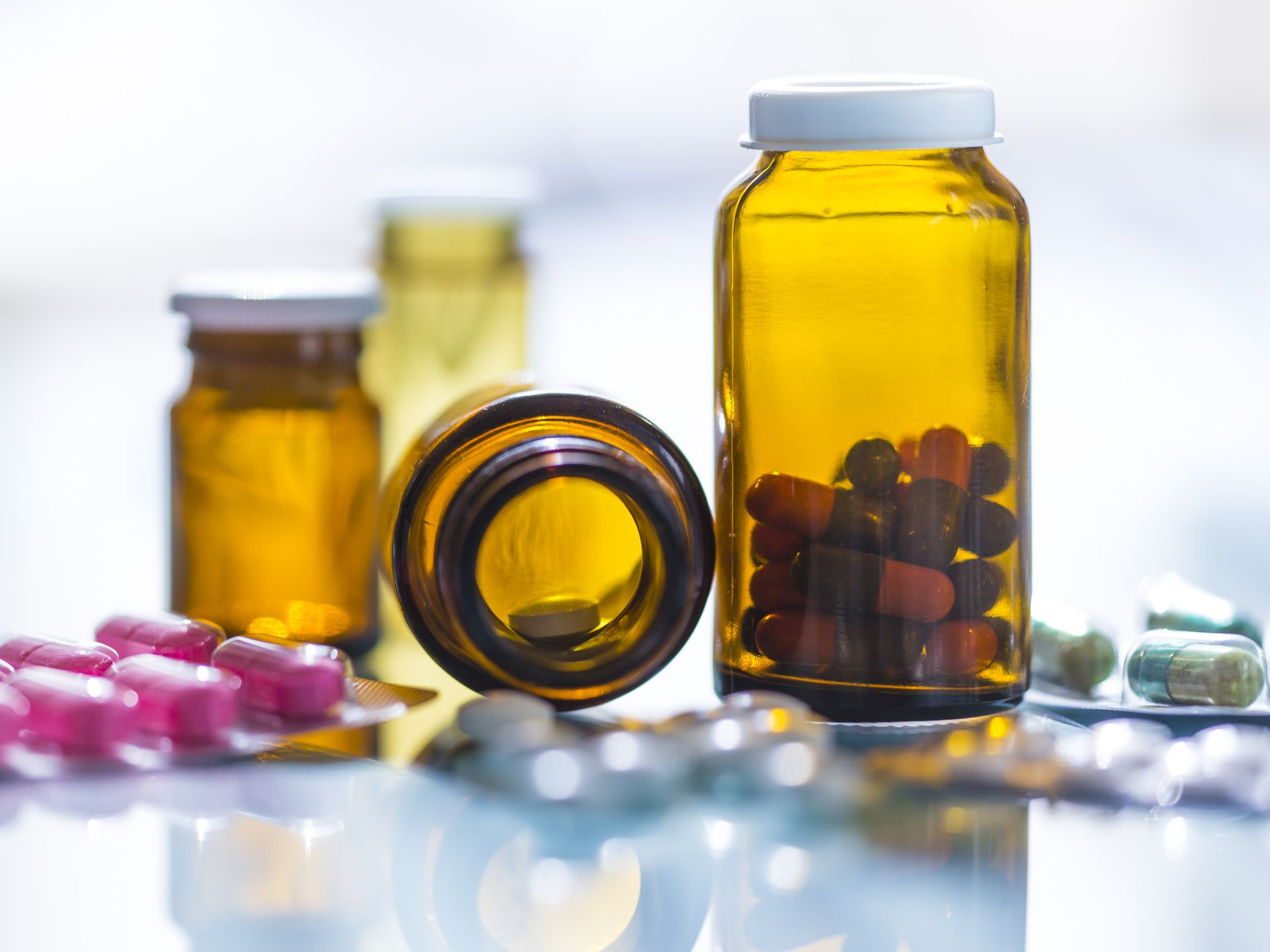 How To Tell If Your Supplements Are Overdose (2021) Why It's Possible to Overdose on Vitamins