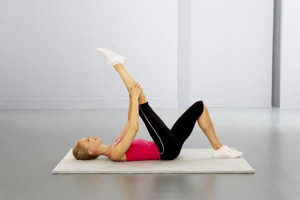 hamstring stretch back