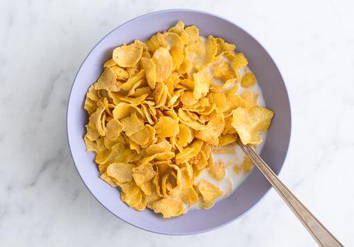 Cereales y leche