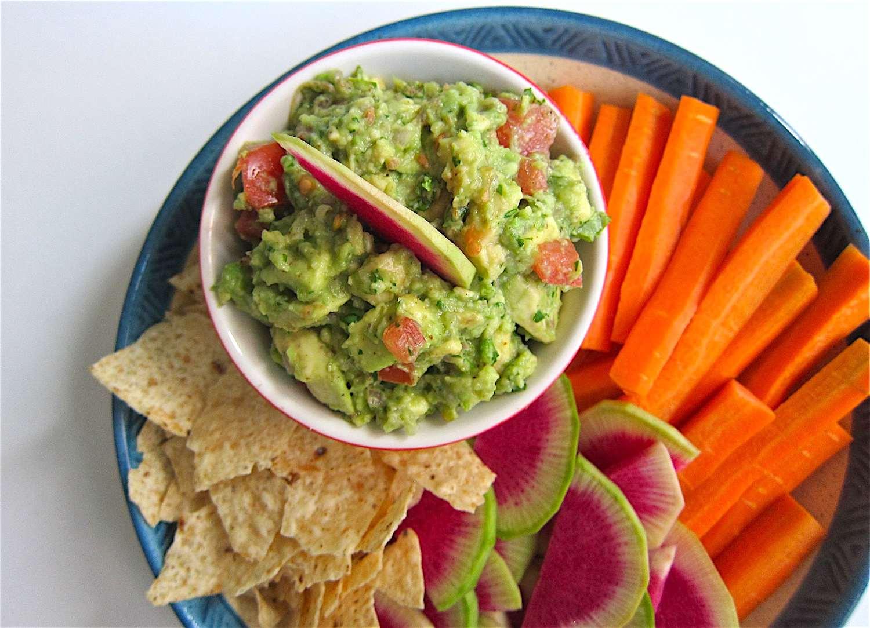 classic guacamole: everyone's favorite green dip