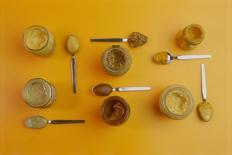 different types of gluten-free mustard