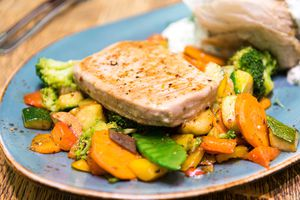 Stir-Fried Garlic Pepper Meat On Bed Of Vegetables