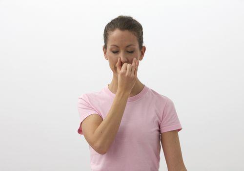 Respiración alternativa de las fosas nasales - Nadi Shodhana