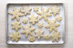 sugar cookies shaped like snowflakes