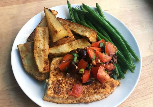 Swordfish with green beans and potatoes