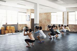 group fitness medicine ball