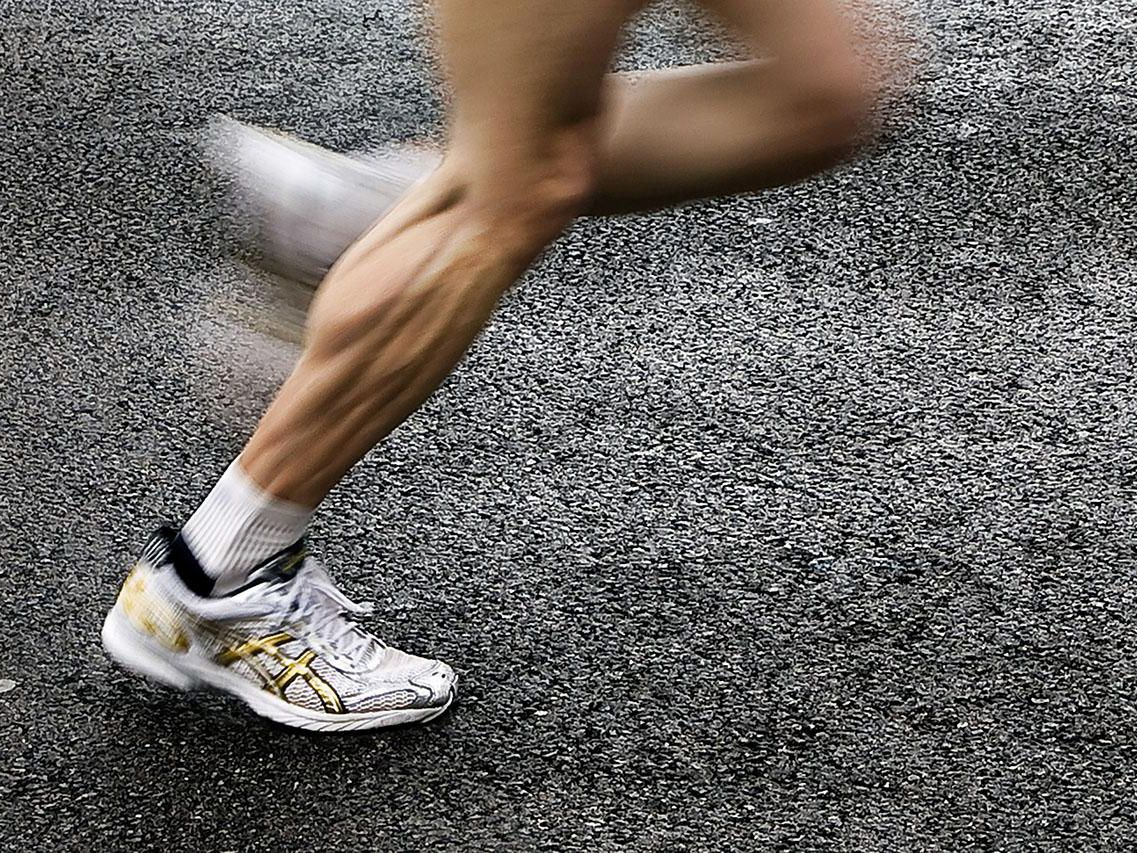 8ccc1f08677b4 How to Choose the Best Socks for Running