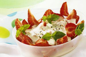 Strawberries with Gorgonzola cream