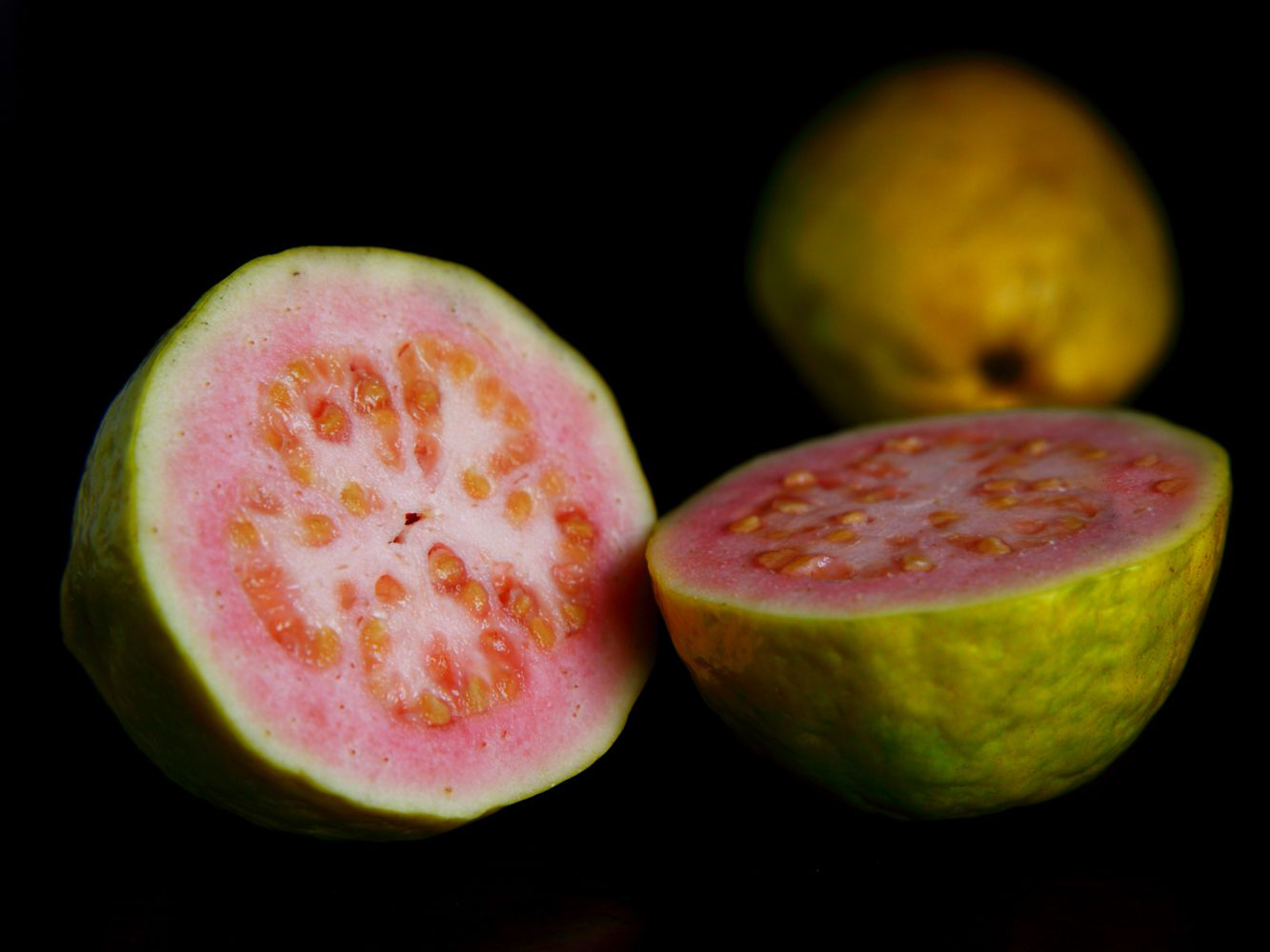 Carb Counts and Health Benefits of Guava