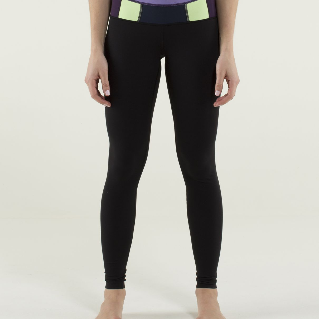 The 10 Best Pairs Of Basic Yoga Pants To Buy In 2019