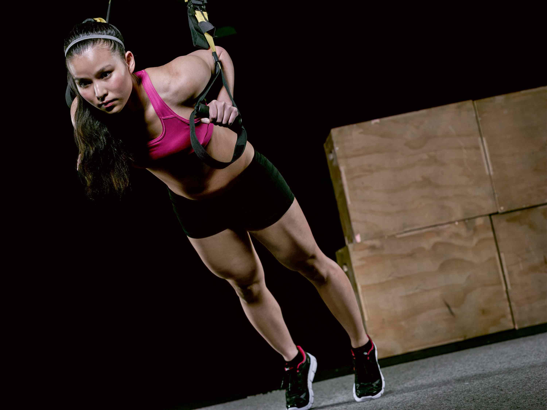 flexión de entrenamiento con suspensión