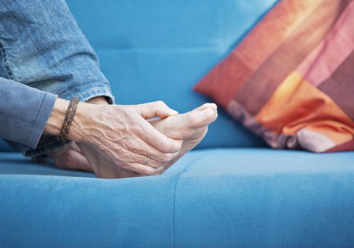 Gout attacks may be prevented by avoiding certain foods.