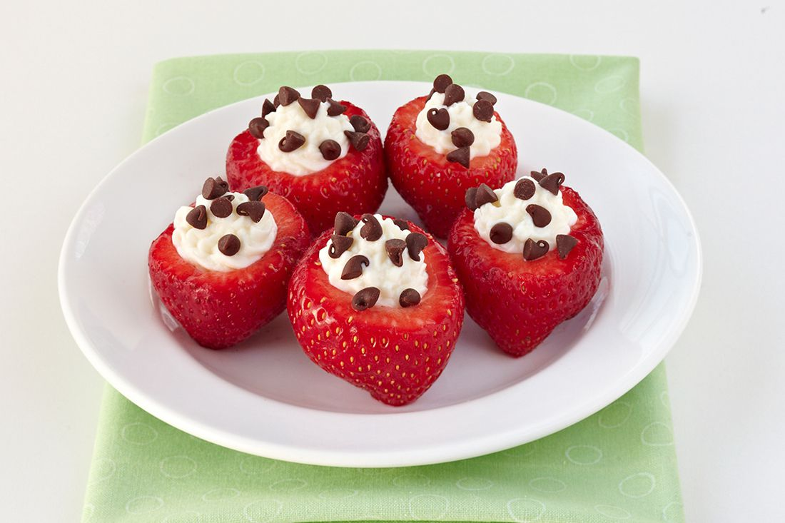 Hungry Girl's Dessert Recipes Under 200 Calories: Chocolate-Chip-Stuffed Strawberries