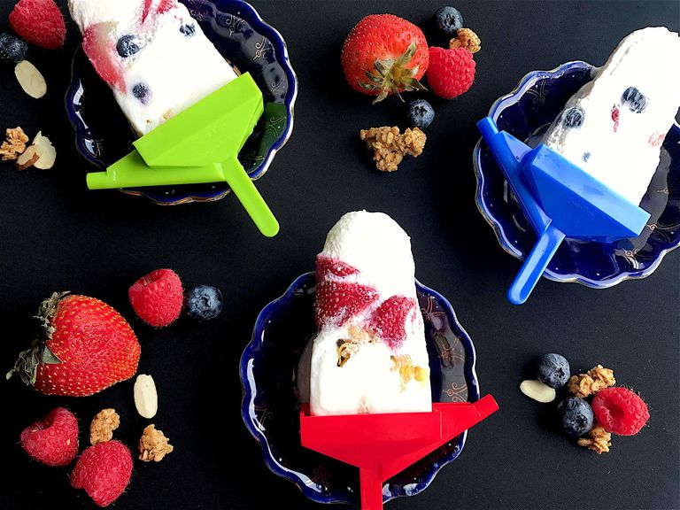 breakfast yogurt pops