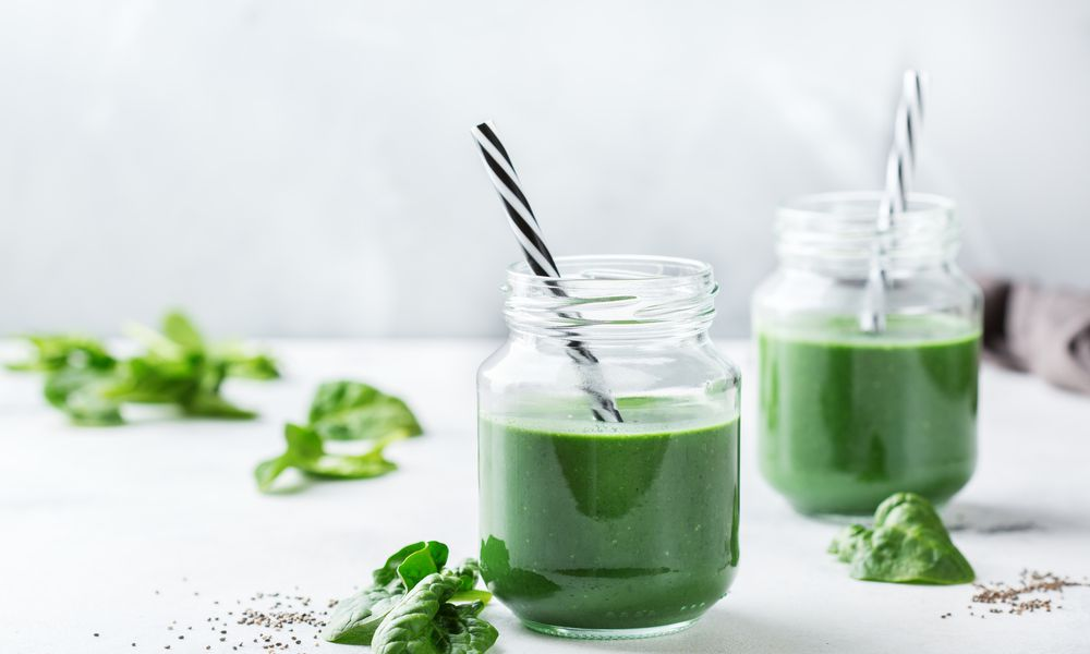 Green juice or smoothie rich in liquid chlorophyll