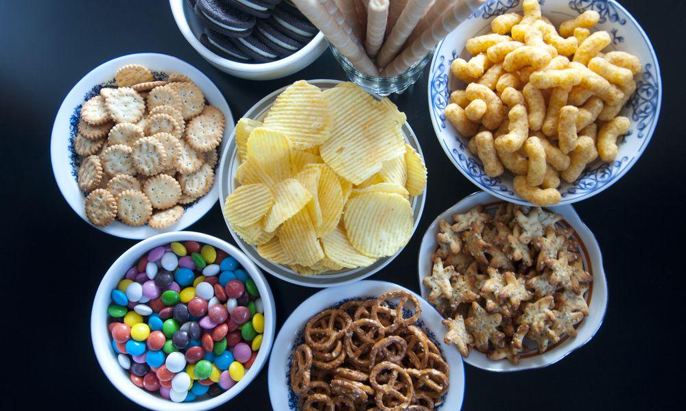 junk food in bowls