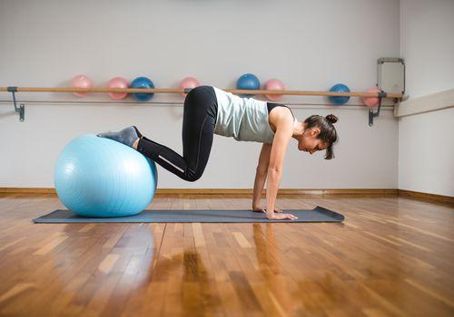 stability ball tucks