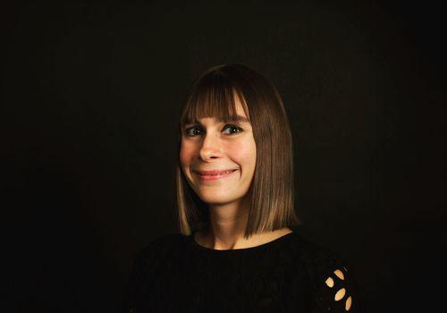 Angela Haupt