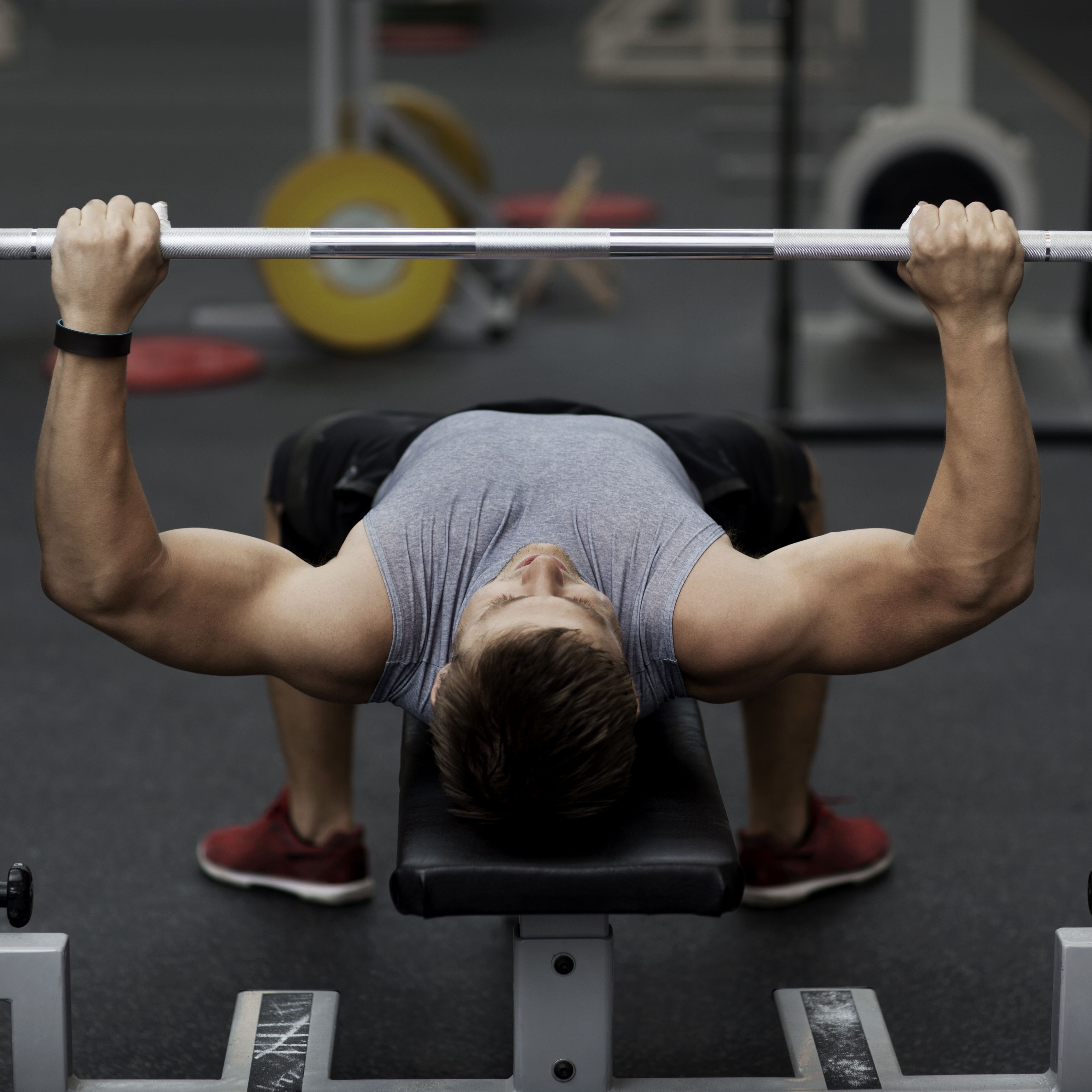 How To Perform A Decline Chest Press Techniques Benefits Variations