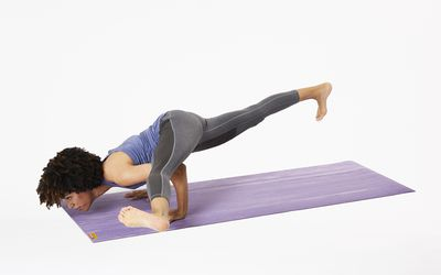 how to do crow pose bakasana