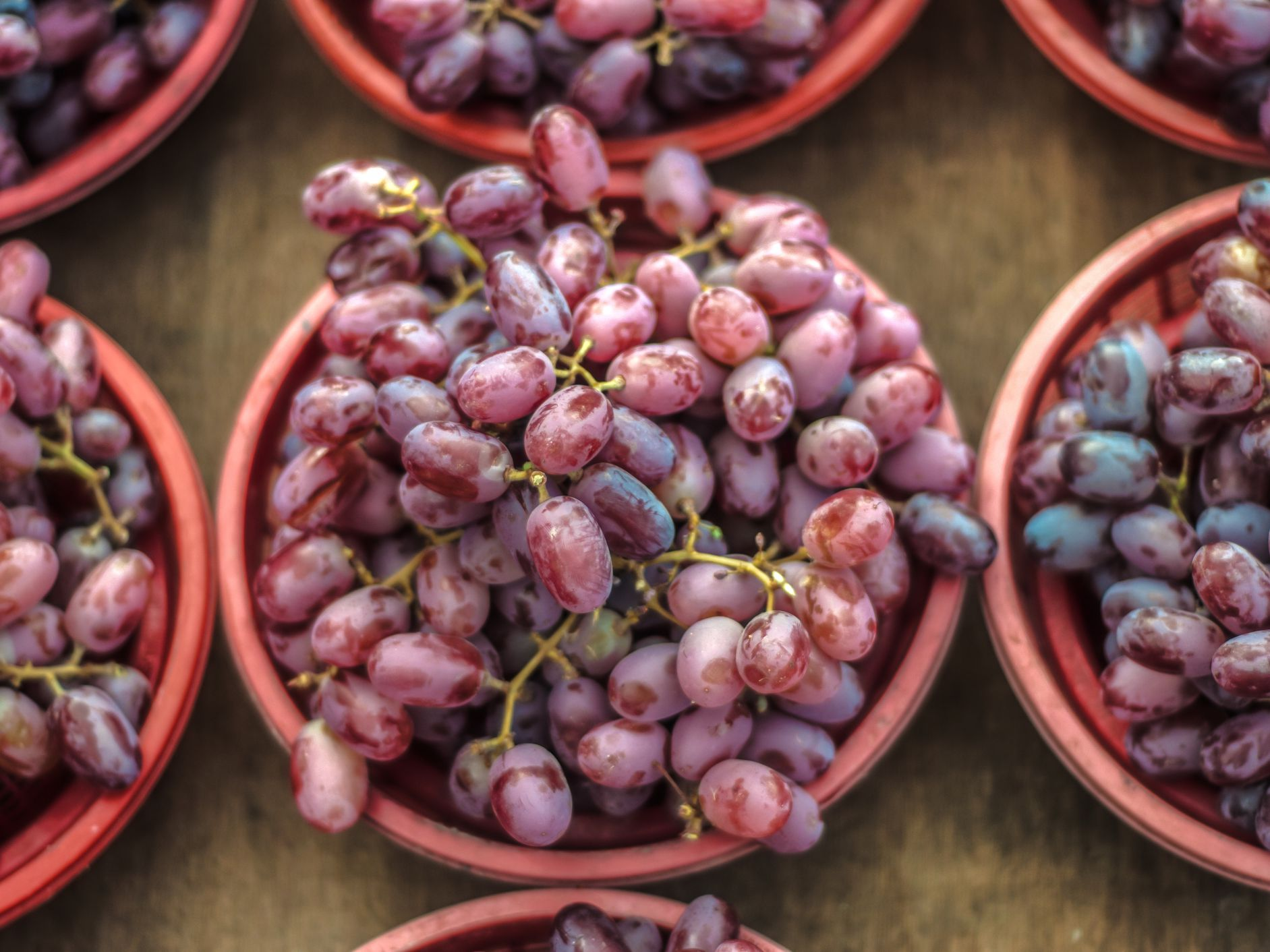 The Benefits And Side Effects Of Resveratrol