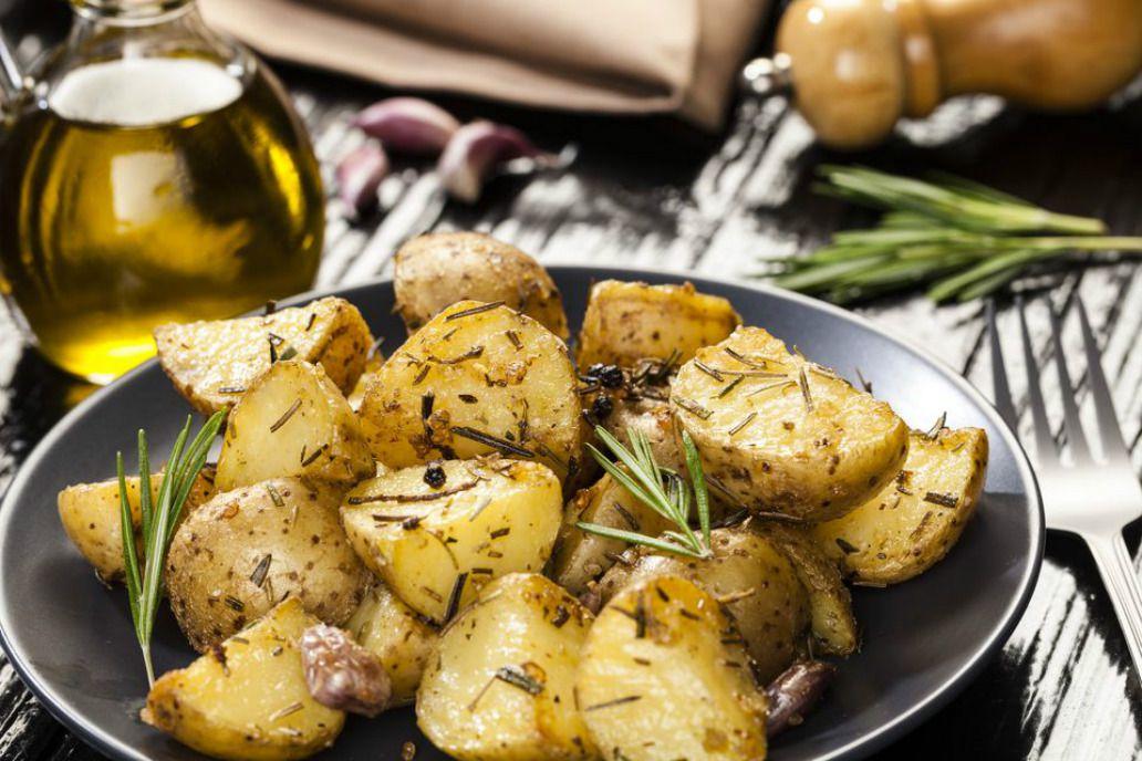 Vegan Oven Roasted Rosemary Potatoes