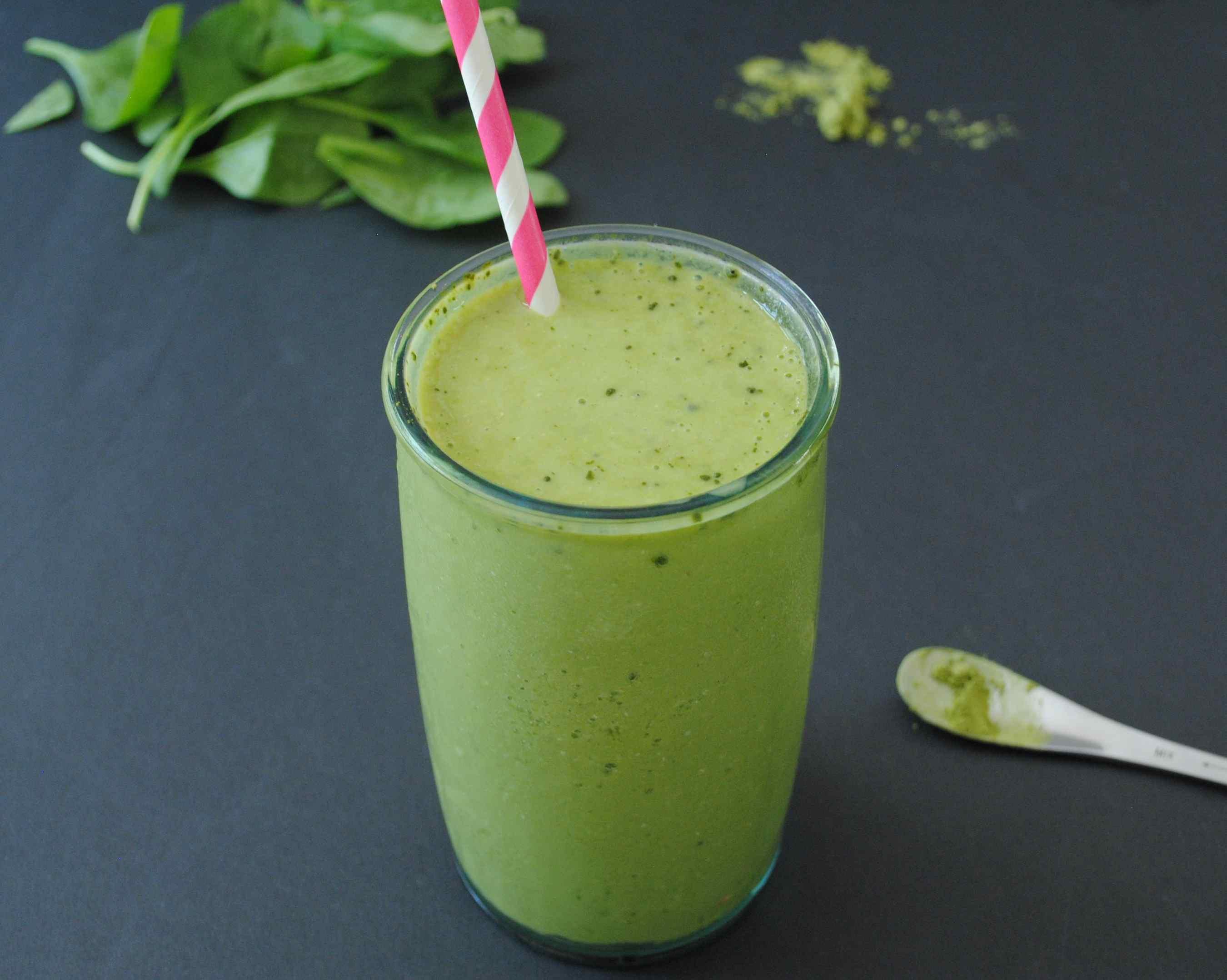 Batido Verde Matcha Mango Antiinflamatorio