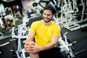 Knee injury in the gym