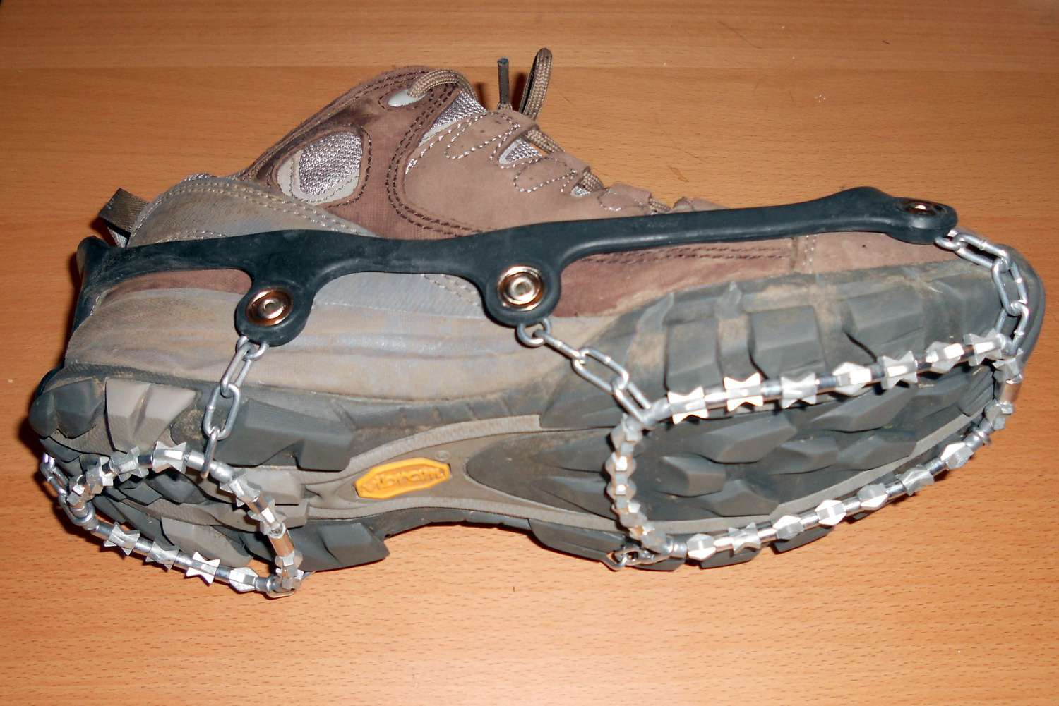 2ab0e8b83 10 Best Gear for Ice and Snow Walking in 2019