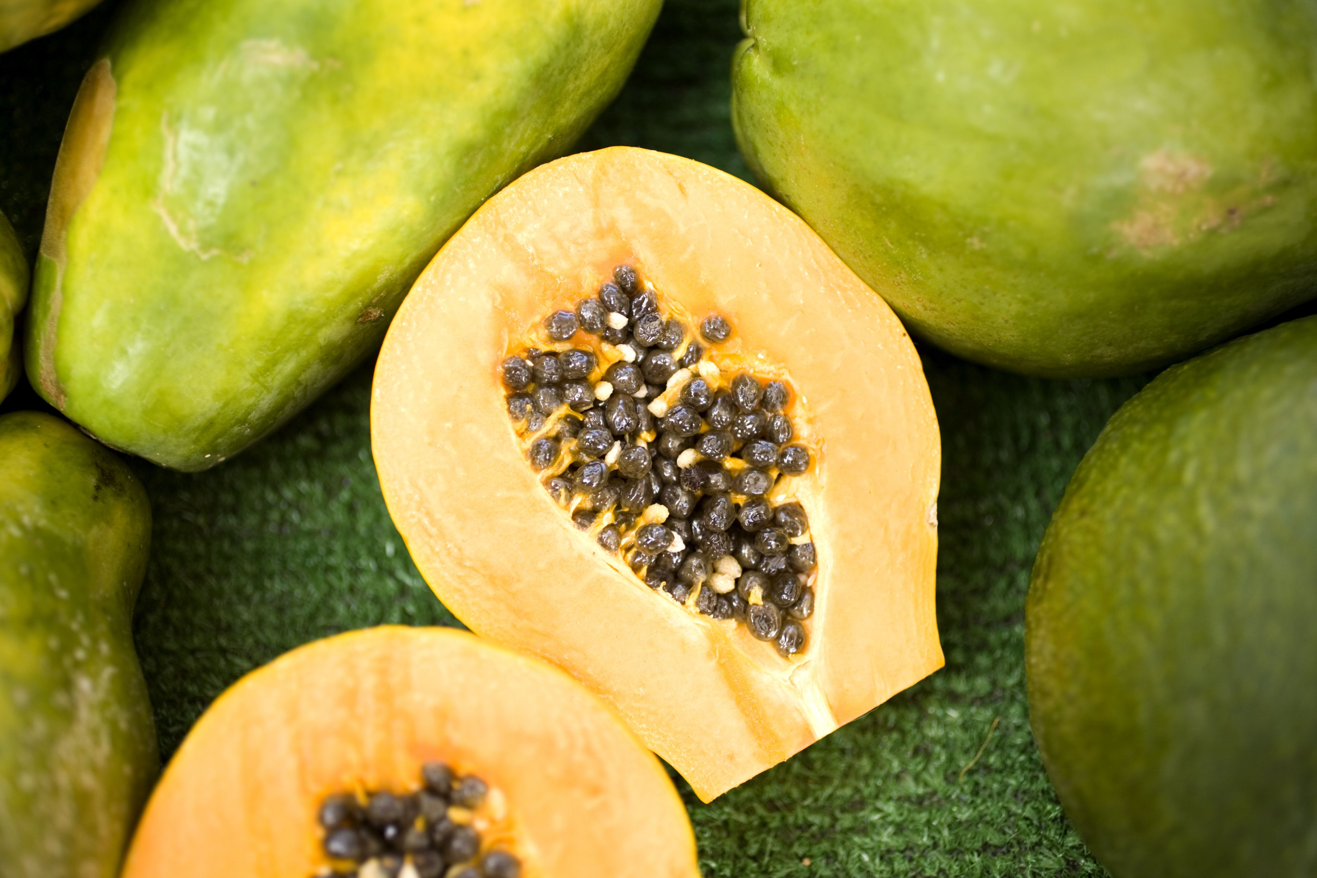 Papayas Nutrition Facts: Calories and Health Benefits