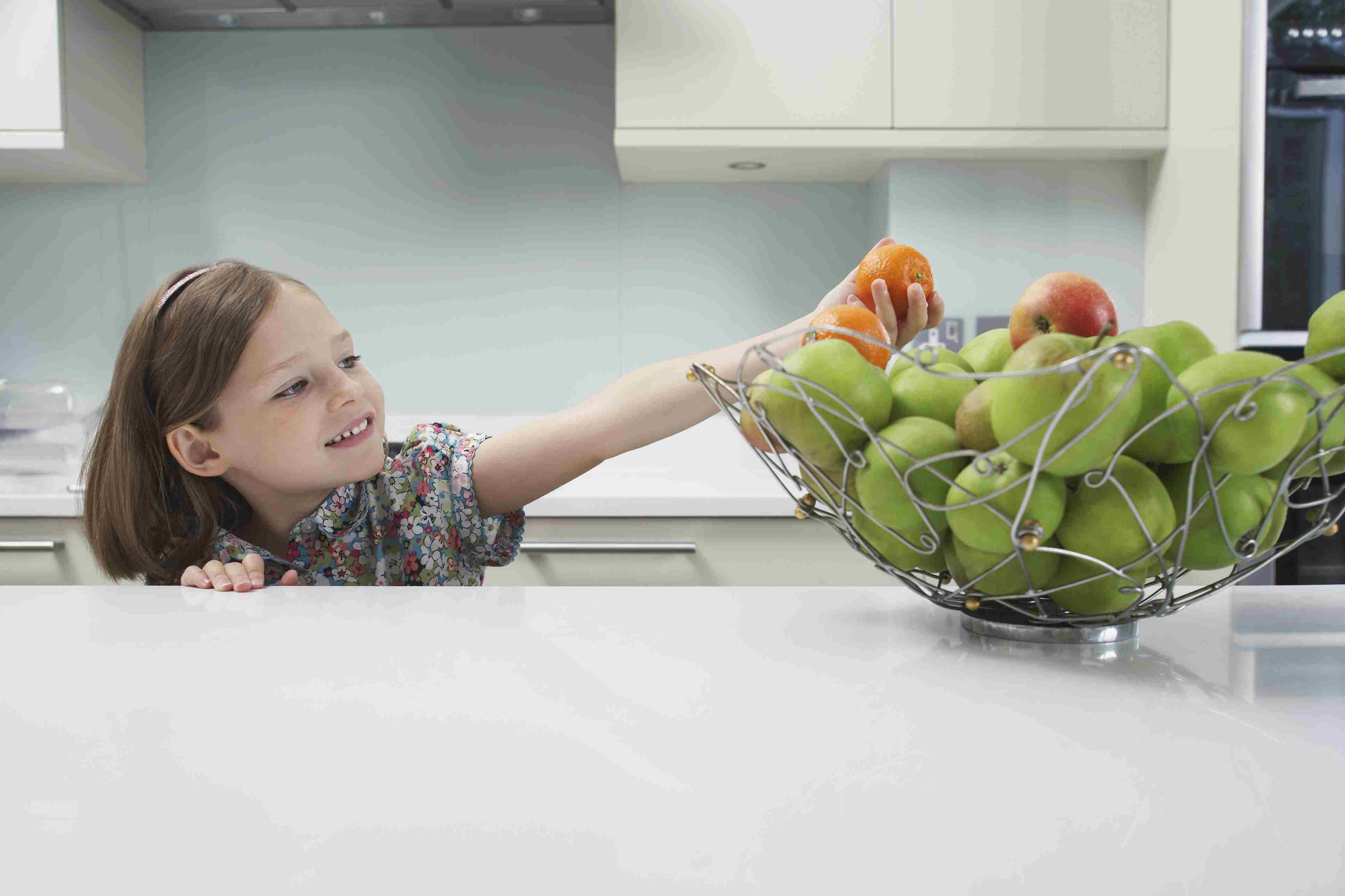 Keep a fruit bowl handy to eat more fruit.