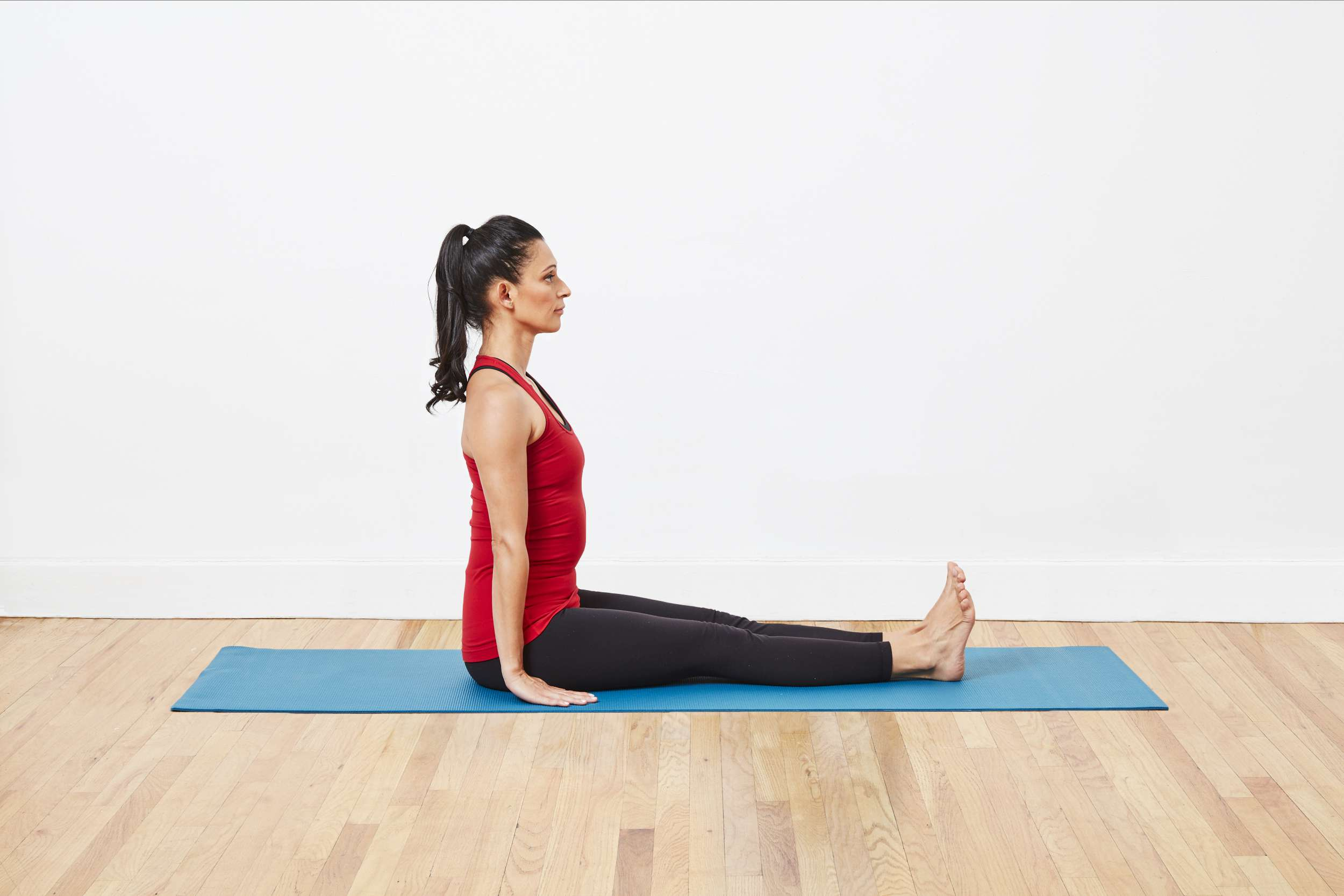 10 simple yoga exercises to stretch and strengthen