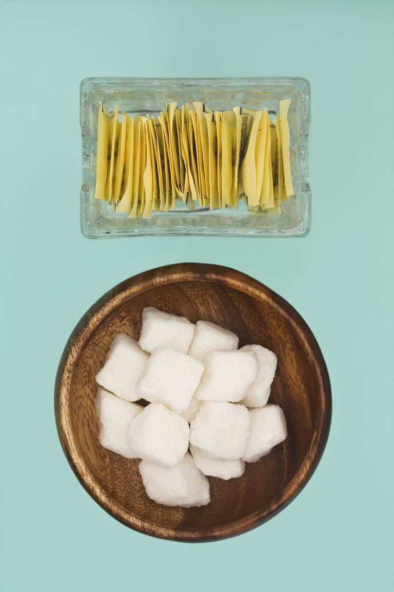 Artificial sweetener and sugar cubes