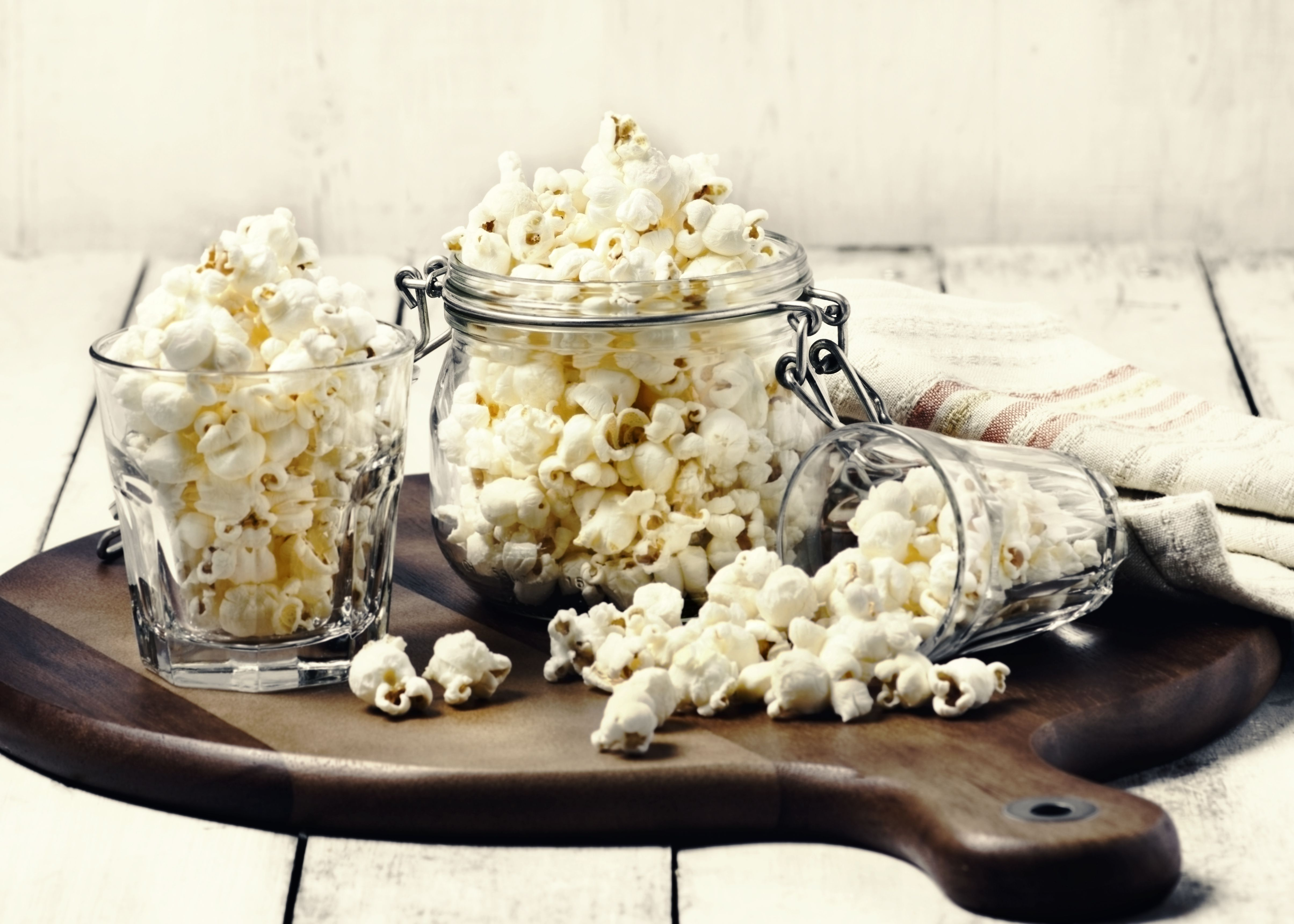 Top 12 Healthy 100-Calorie Snacks for Optimal Fitness