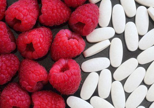 Frambuesas y pastillas