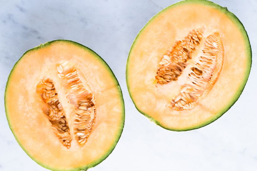 Cantaloupe Mold / It's rind/skin is characteristically net like in appearance, and is often brown or green in color.