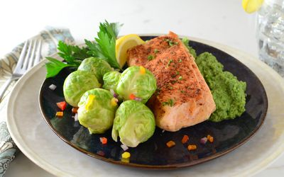 Jenny Craig Diet: Pros, Cons, and How It Works