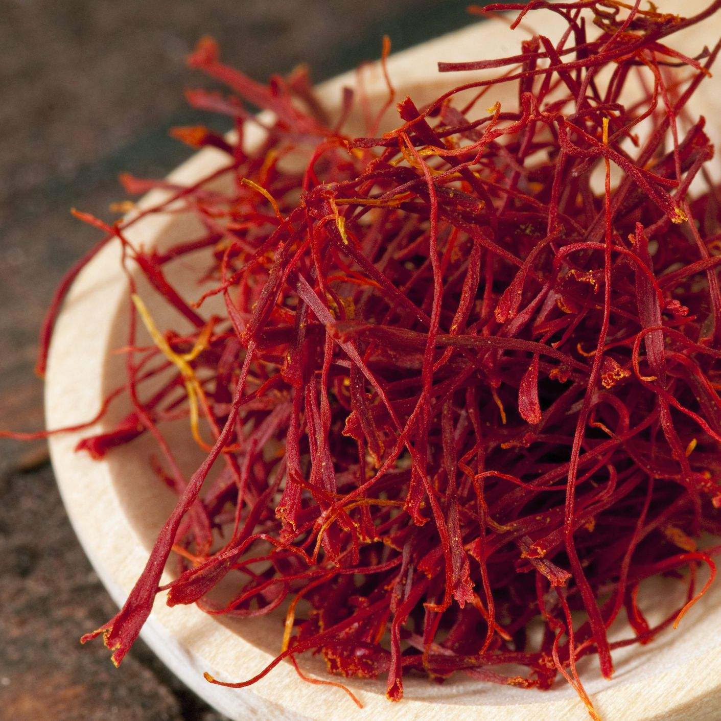 Saffron Benefits Side Effects And Preparations