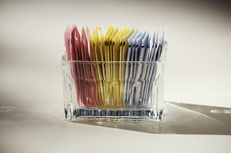 Artificial sweeteners such as saccharin are safe.
